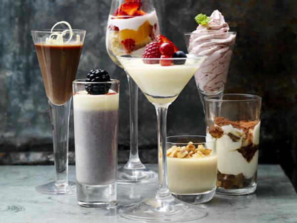 pannacotta-med-bjornbar-och-vit-choklad.jpg
