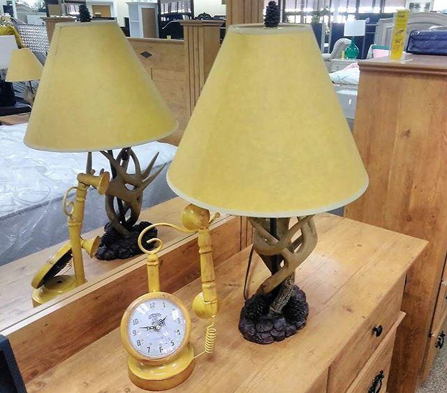 #glamlife #lamp #oldtelephone #clock