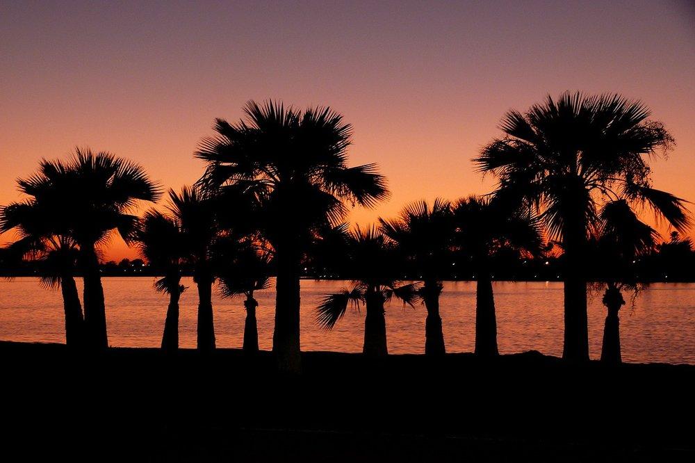 sunset-52933_1280.jpg