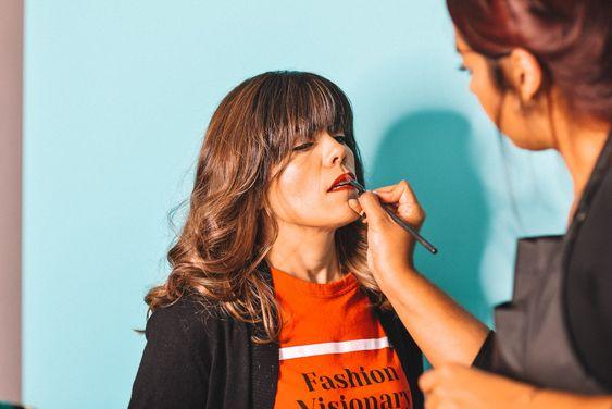 Daphne Díaz - Hairstylist & Makeup Artist