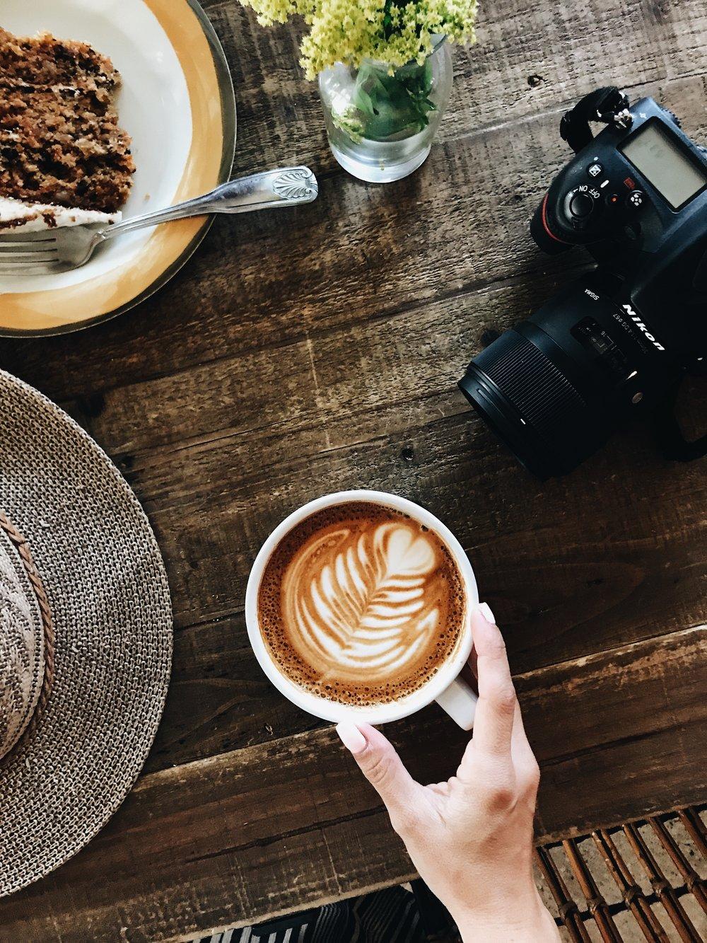 """Soy de las que cree firmemente que los """"flat lays"""" de café son los mejores."""