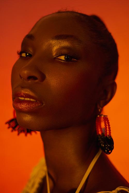 Earings: Longshaw ward / Jumpsuit: Shakila Thebe