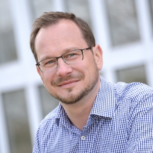 """Lars Schulze, Co-founder    """"Blockchain is the next logical step after the Internet. Period.""""   Lars breathes Digital Marketing. After 20+ years of experience in the Online Marketing field, he is all over Blockchain and ICO Marketing now, helping innovative Entrepreneurs generate awareness and excitement for their decentralized projects."""