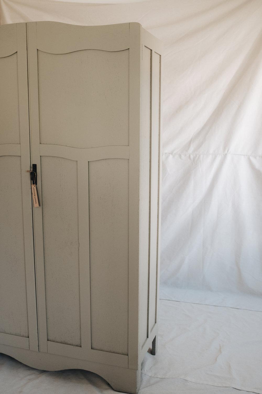 wardrobes  (10 of 24).jpg
