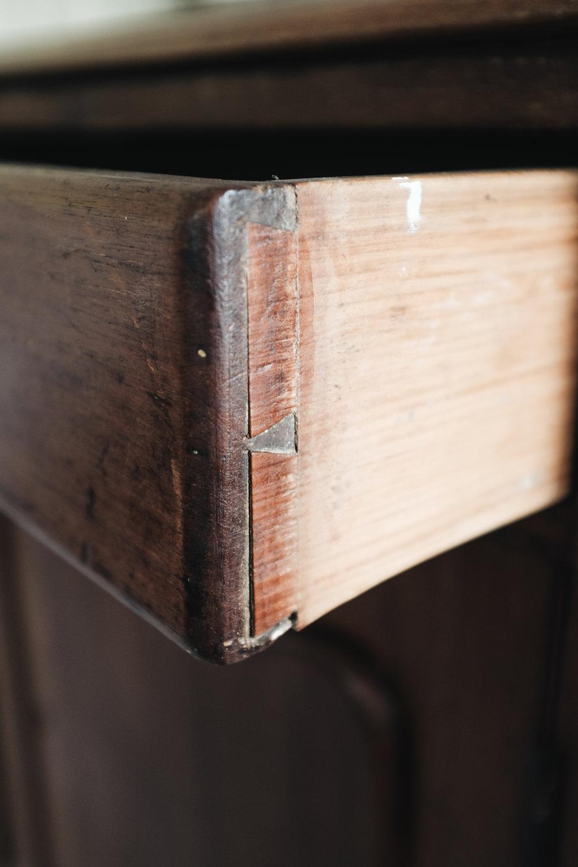 sideboard (7 of 9).jpg