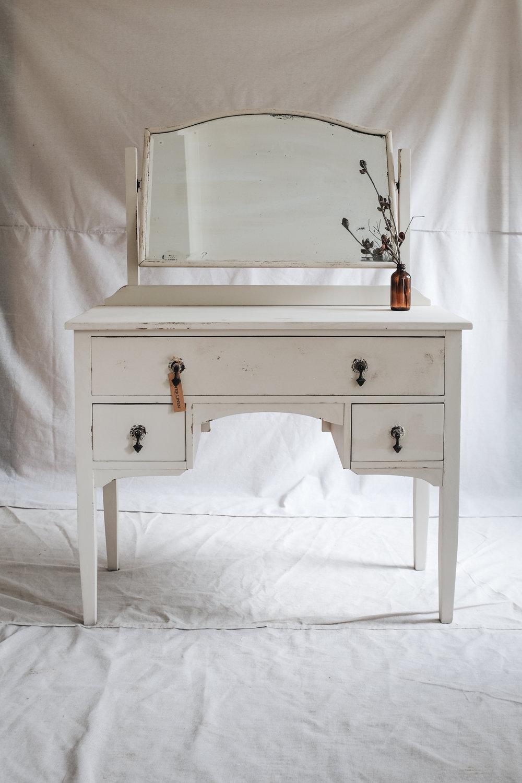 dresser (1 of 8).jpg