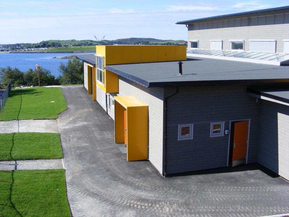 arkitekt_kolstø_moderne_nybygg_skorpefjell_barnehage_rennesøy_4av11.jpg