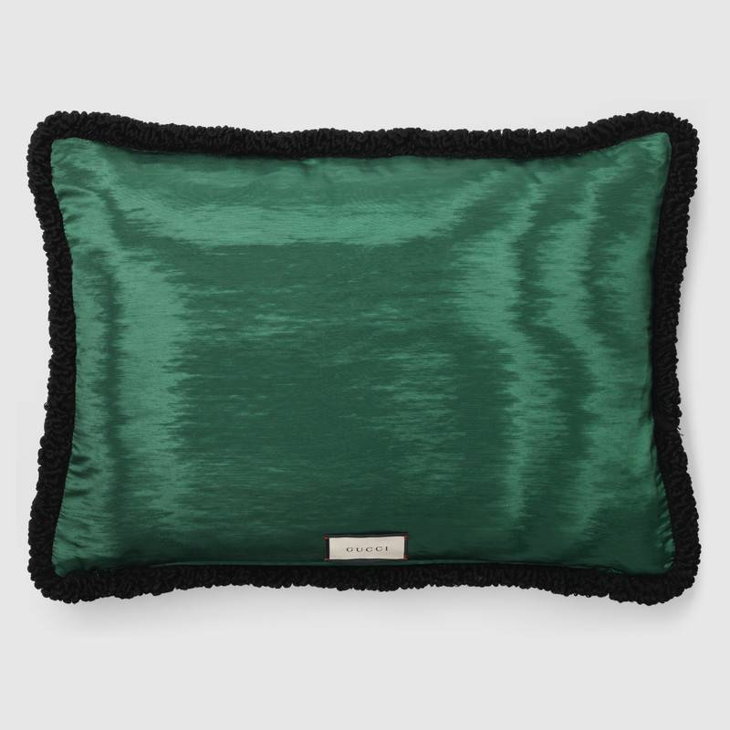 CADABBRA.COM.AU_#28_Gucci_Needlepoint-cushion-with-Bosco-and-Orso_2.jpg