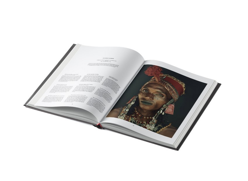 CADABBRA.COM.AU_#68_Angus_&_Robertson_homage to humanity book_4.jpg