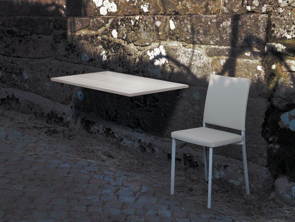 """Herbal - A versatilidade no seu expoente máximo. Uma mesa de cozinha, uma mesa de apoio, um balcão, e mais um sem fim de utilizações possíveis, para uma mesa onde também está presente toda a beleza do acabamento """"Olmo"""", """"Hera"""" ou """"Marmol""""."""