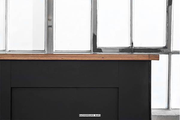 black bar 3.jpg