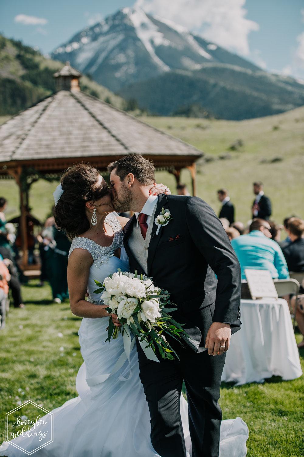121 Chico Hotsprings Wedding_Bowdino 2018-3656-2.jpg