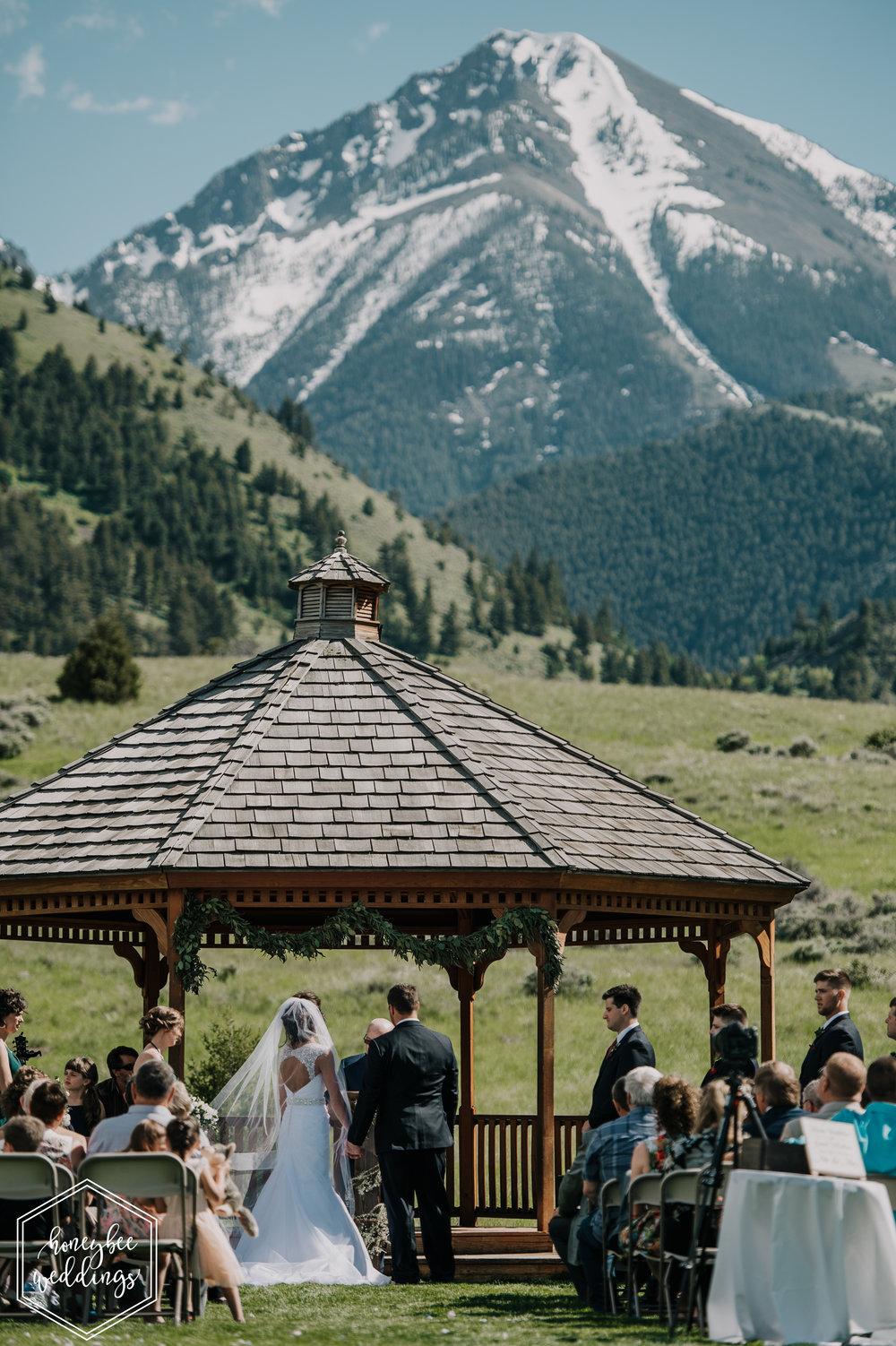 117 Chico Hotsprings Wedding_Bowdino 2018-3438-2.jpg