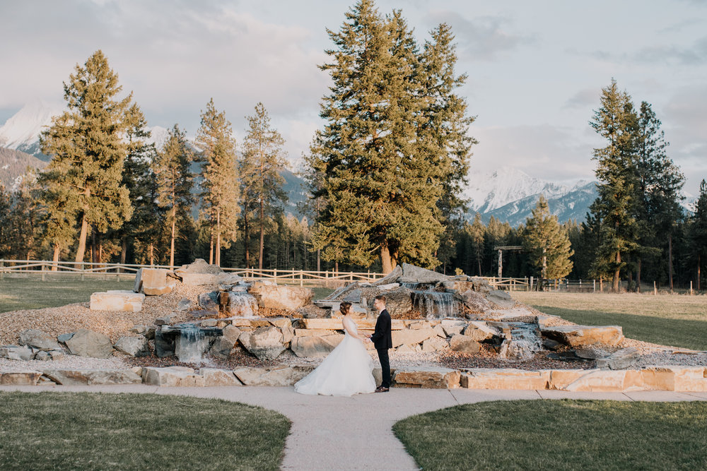 081 Jewel Tone Wedding Styled Shoot_Silver Knot_Montana Wedding Planner_Montana Wedding Photographer_Montana Wedding Videography_Honeybee Weddings-0802.jpg