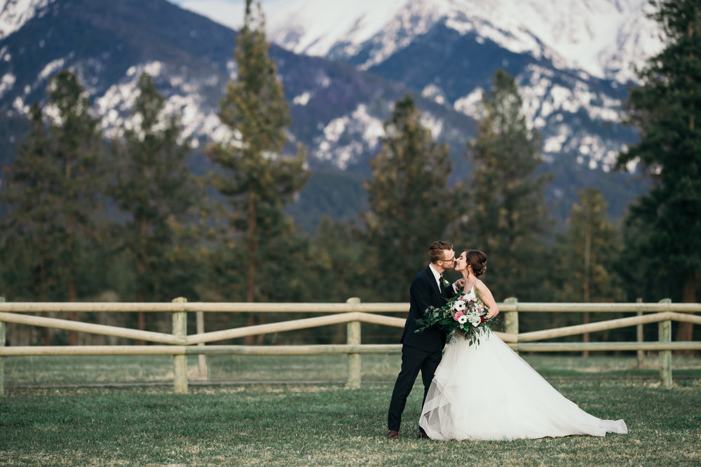 093 Jewel Tone Wedding Styled Shoot_Silver Knot_Montana Wedding Planner_Montana Wedding Photographer_Montana Wedding Videography_Honeybee Weddings-1453.jpg