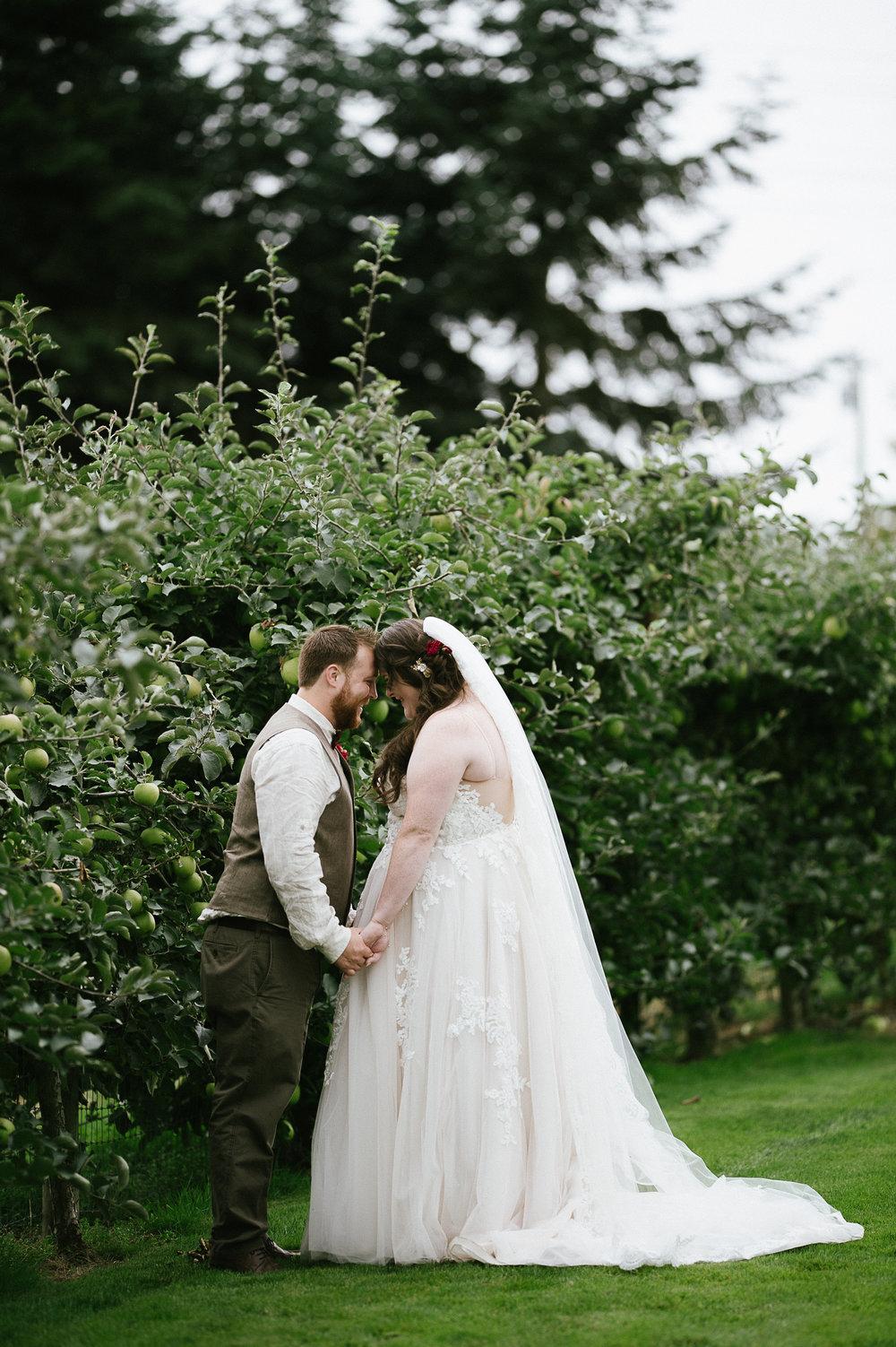 Swan Trail Farm Wedding_Sarah Schurman + Brian Skadan_Snohomish Wedding_Kelsey Lane Photography-5807.jpg