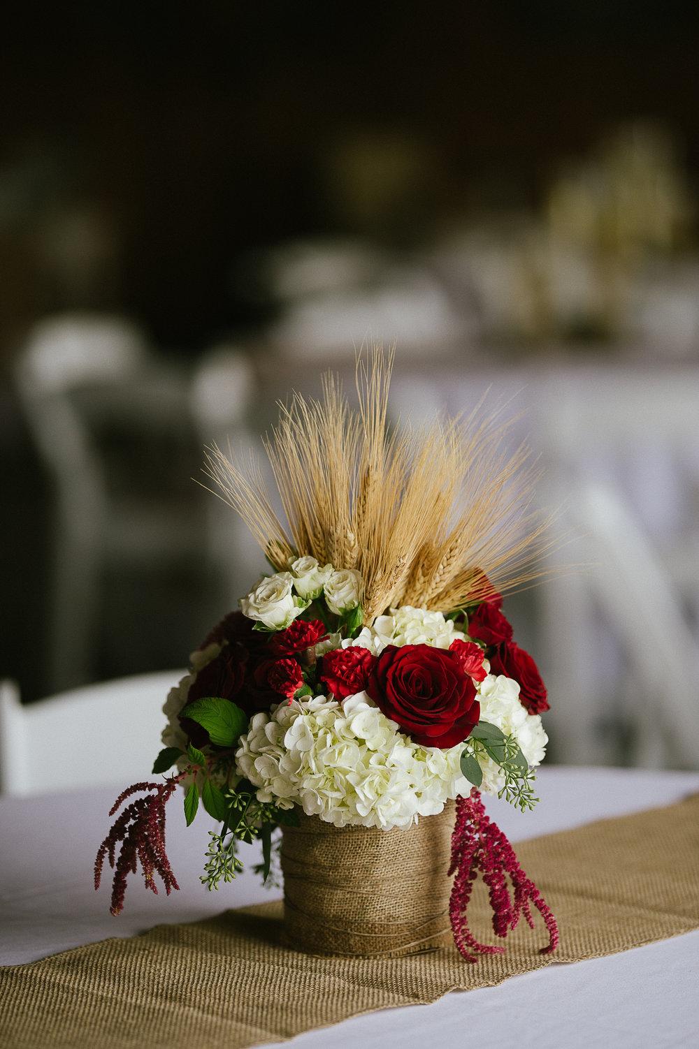Swan Trail Farm Wedding_Sarah Schurman + Brian Skadan_Snohomish Wedding_Kelsey Lane Photography-5572.jpg