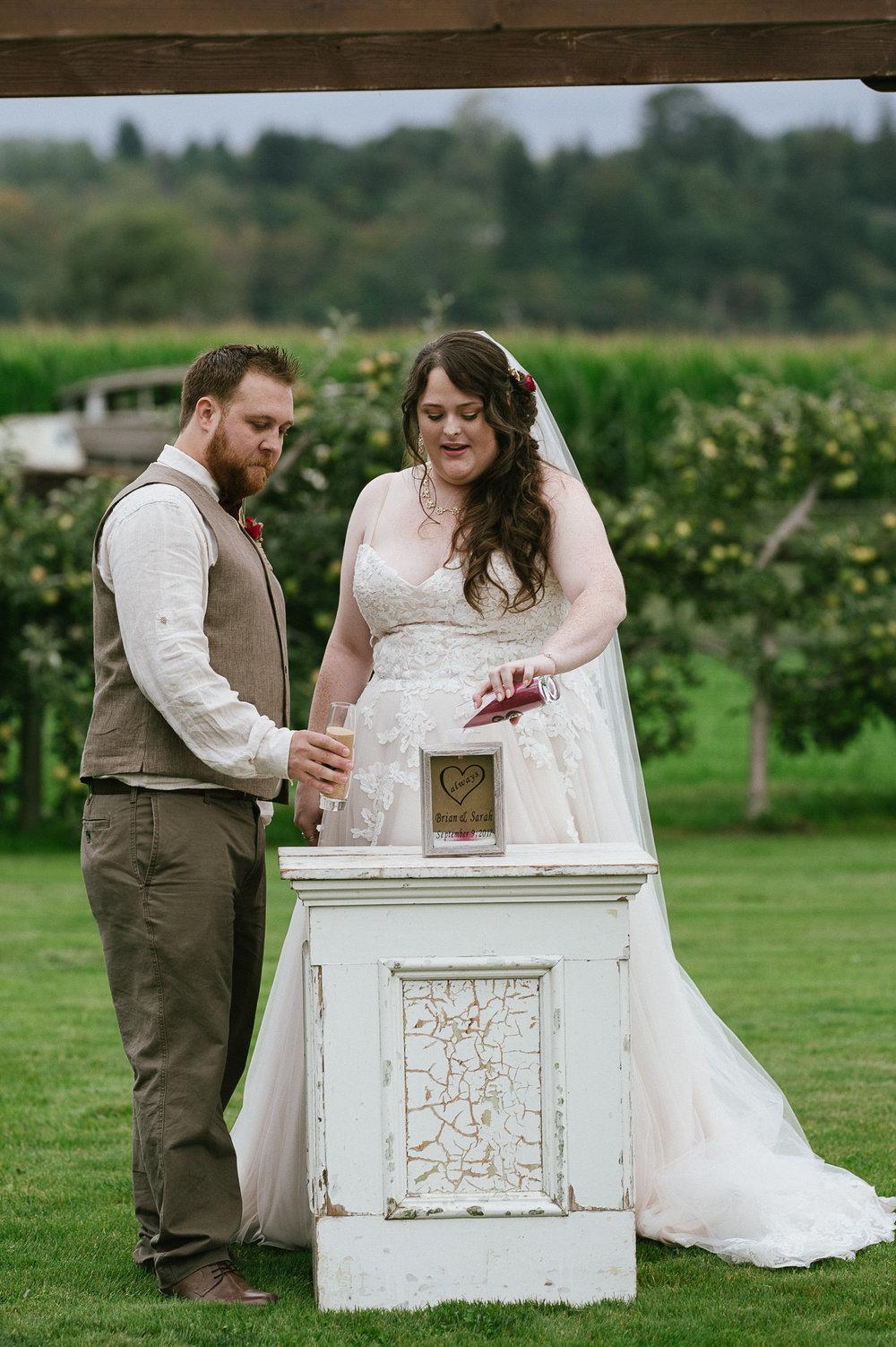 Swan Trail Farm Wedding_Sarah Schurman + Brian Skadan_Snohomish Wedding_Kelsey Lane Photography-6110.jpg