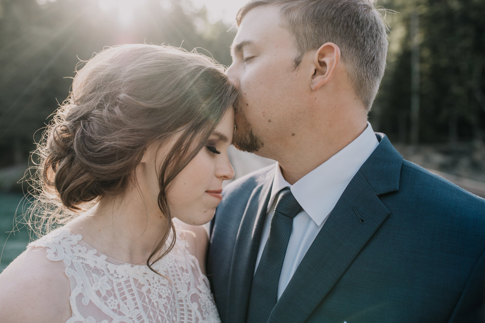 197 Glacier National Park Wedding_Burns 2018-3988-2.jpg