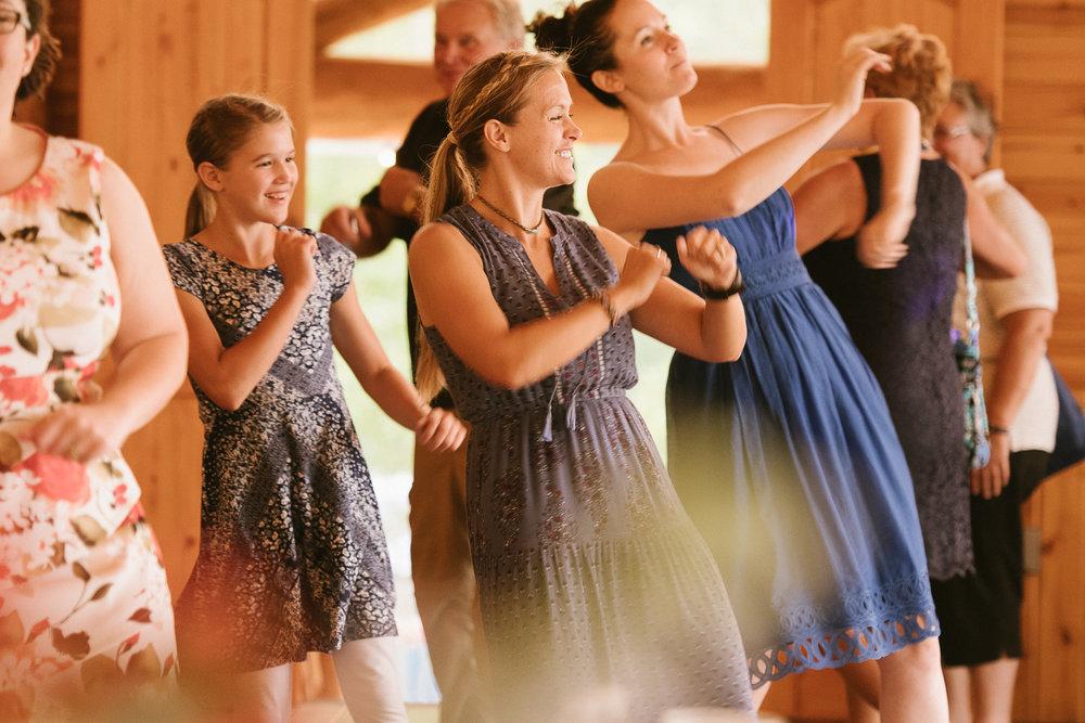 Glacier Montana Wedding_Elly Maurer + Frankie Dashiell Wedding_Beautiful Outdoor Wedding_Kelsey Lane Photography-6008.jpg