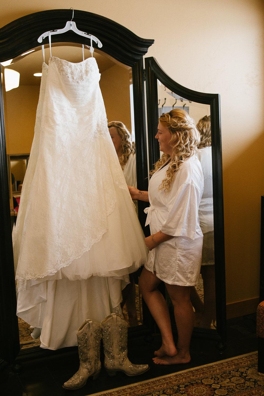 Winter Montana Wedding_Leighanne Parker + Ethan Ramos_Kelsey Lane Photography-7257.jpg