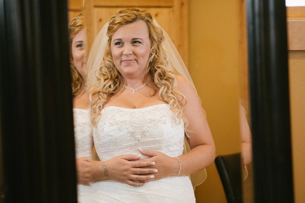 Winter Montana Wedding_Leighanne Parker + Ethan Ramos_Kelsey Lane Photography-7433.jpg