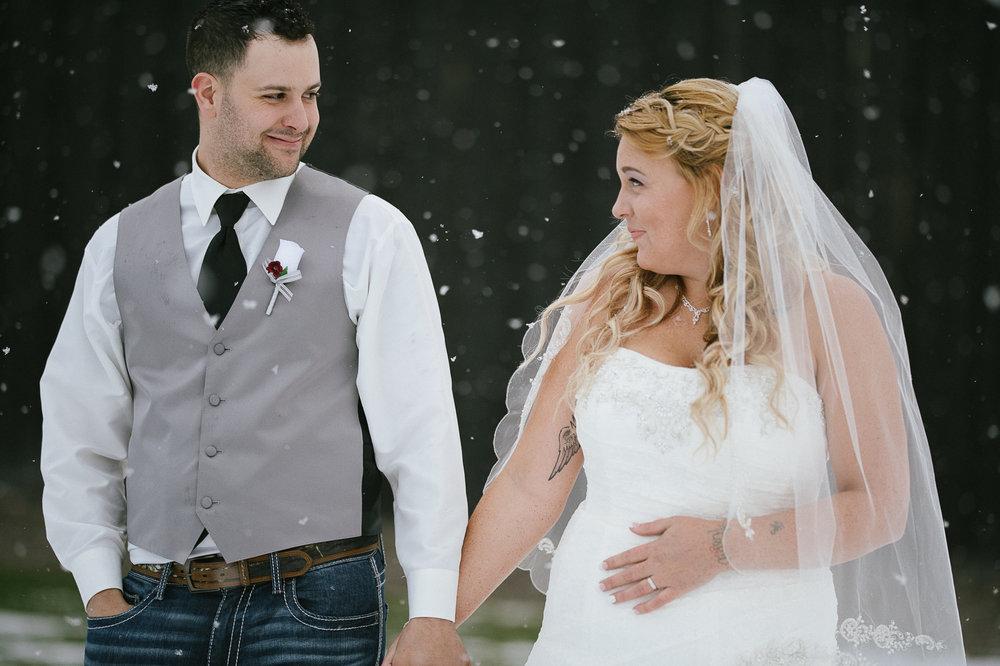 Winter Montana Wedding_Leighanne Parker + Ethan Ramos_Kelsey Lane Photography-8093.jpg