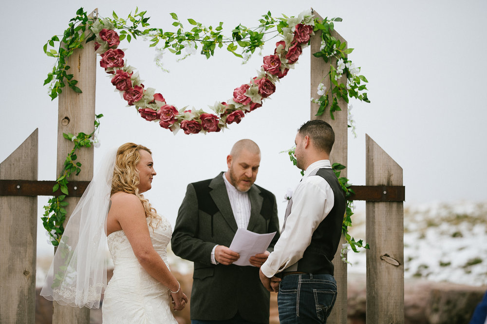 Winter Montana Wedding_Leighanne Parker + Ethan Ramos_Kelsey Lane Photography-7943.jpg