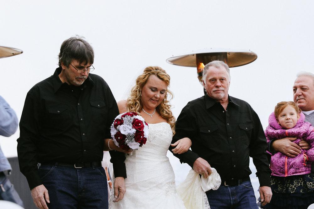 Winter Montana Wedding_Leighanne Parker + Ethan Ramos_Kelsey Lane Photography-2335.jpg