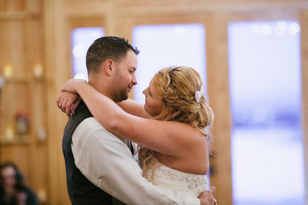 Winter Montana Wedding_Leighanne Parker + Ethan Ramos_Kelsey Lane Photography-8174.jpg