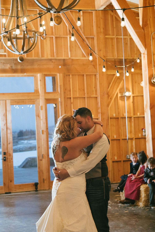 Winter Montana Wedding_Leighanne Parker + Ethan Ramos_Kelsey Lane Photography-7541.jpg