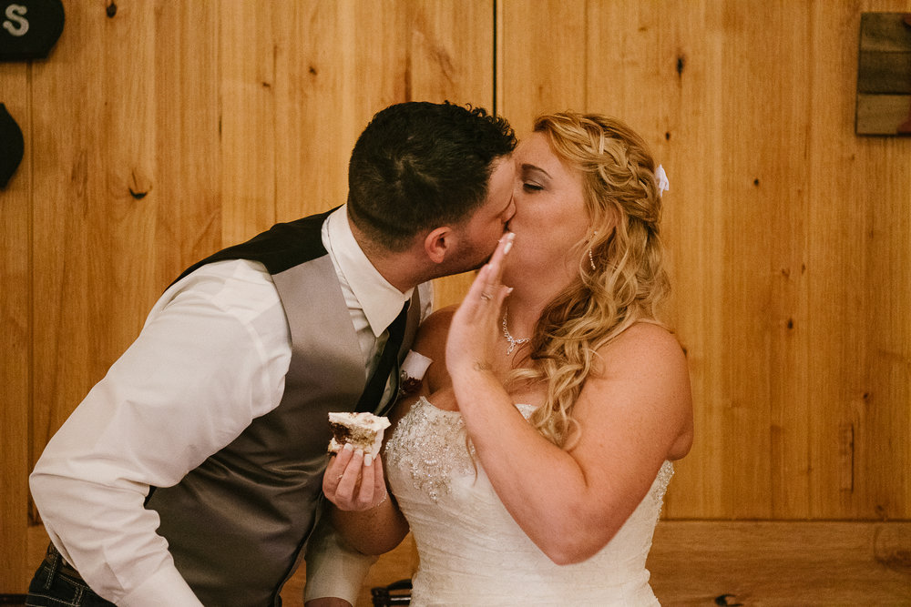 Winter Montana Wedding_Leighanne Parker + Ethan Ramos_Kelsey Lane Photography-7628.jpg