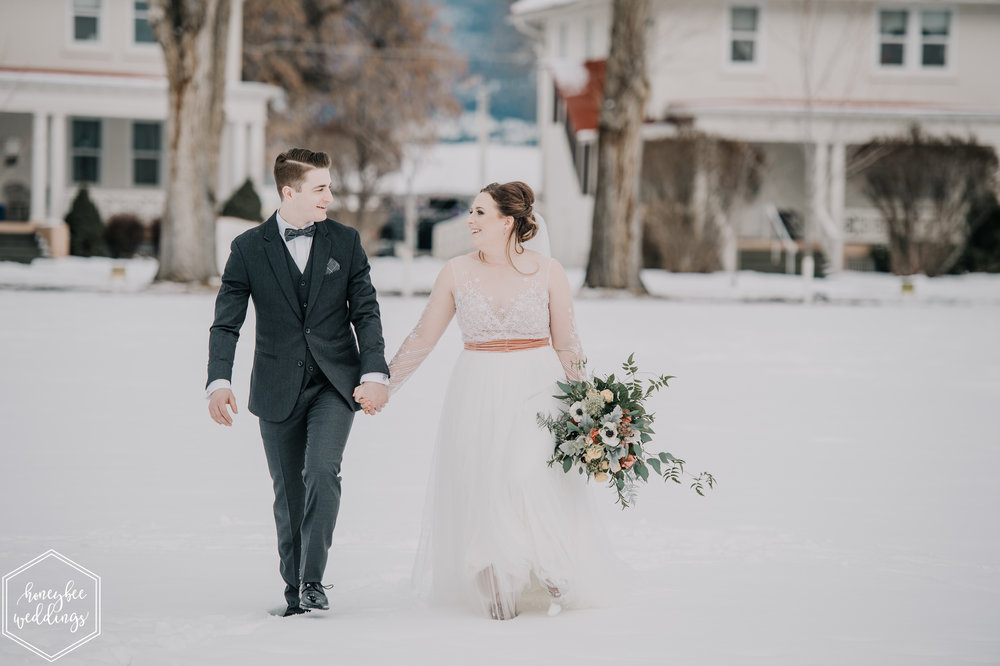 0142Montana Wedding Photographer_Montana winter wedding_Wedding at Fort Missoula_Meri & Carter_January 19, 2019-264.jpg