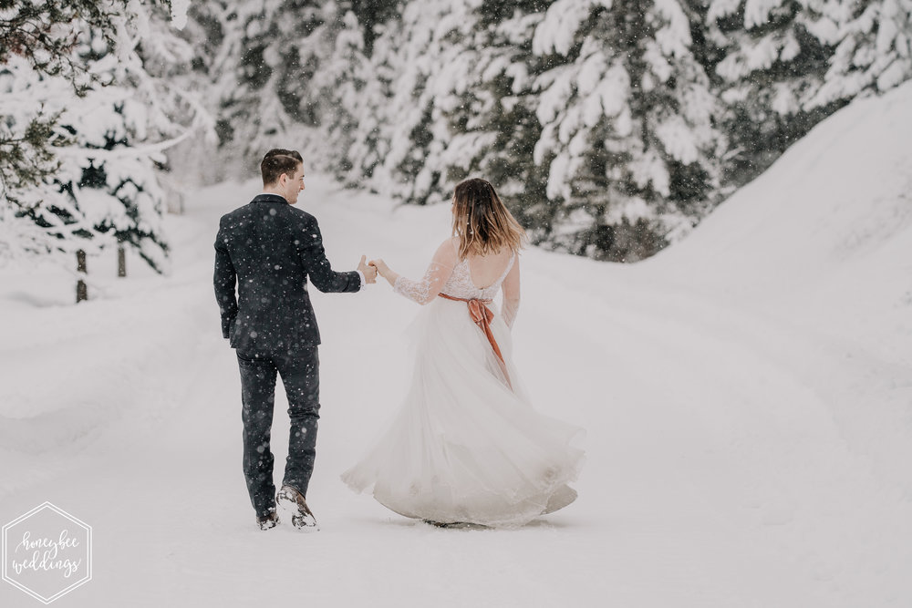 0430Montana Wedding Photographer_Missoula Winter Wedding_Wedding at Fort Missoula_Meri & Carter_January 21, 2019-258.jpg