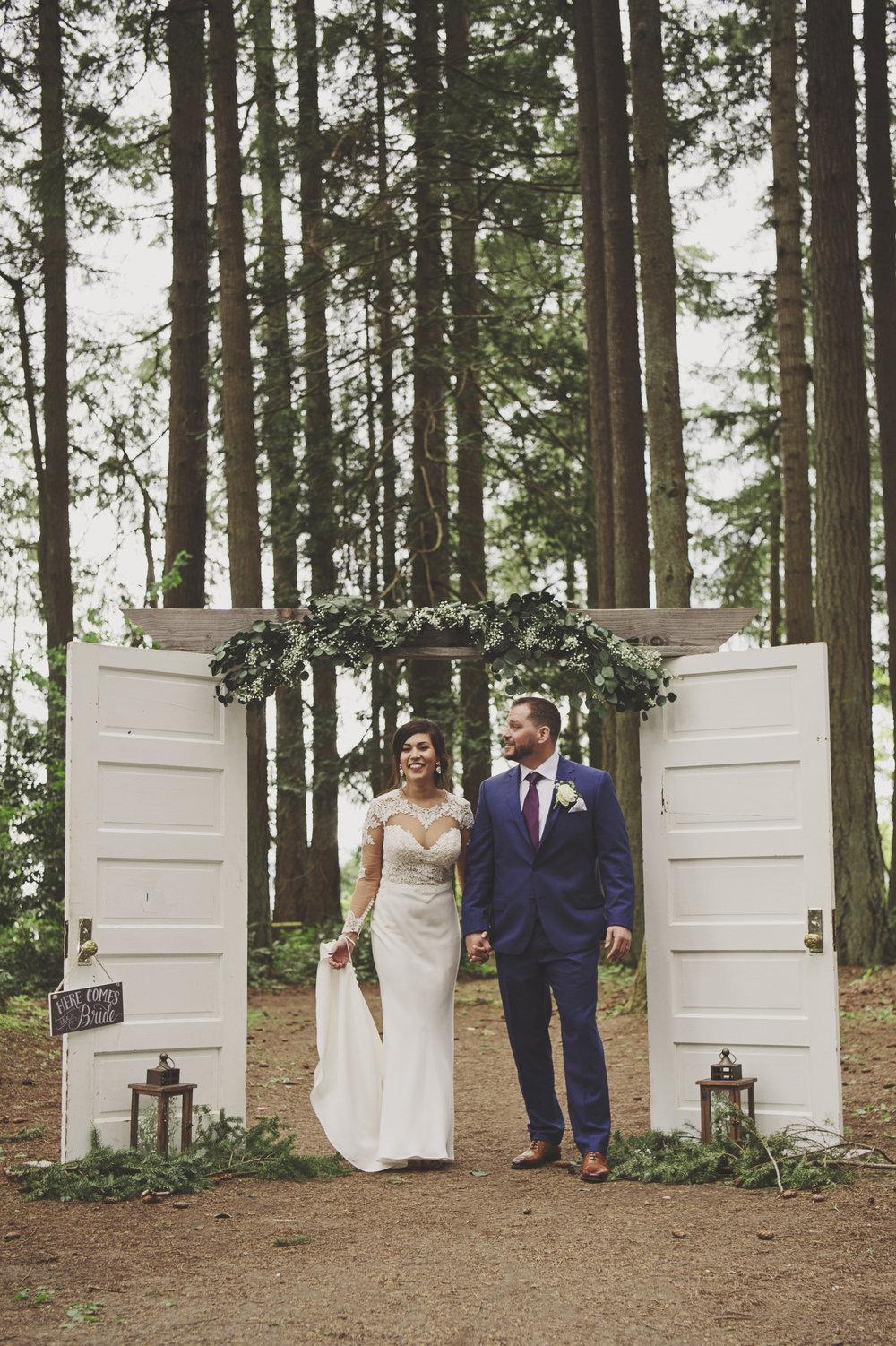 Kim La Plante + Nick Samet_Poulsbo Wedding_Kitsap Memorial Park Wedding_Kelsey Lane Photography-9687 copy.jpg