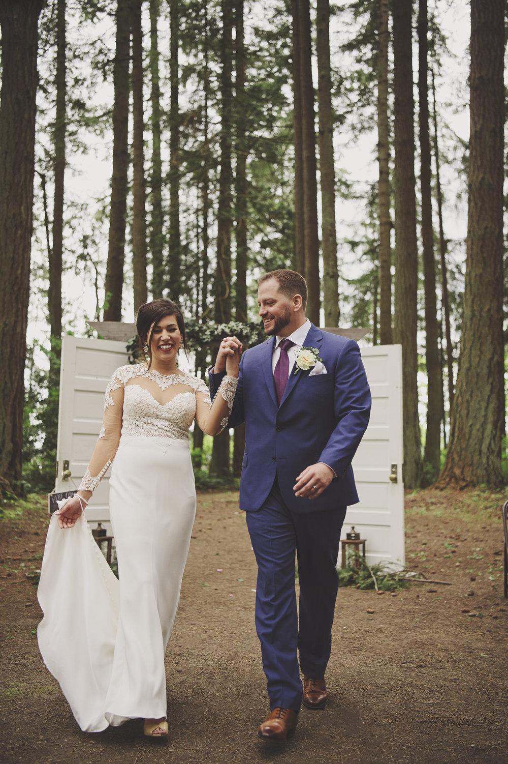 Kim La Plante + Nick Samet_Poulsbo Wedding_Kitsap Memorial Park Wedding_Kelsey Lane Photography-9692 copy.jpg