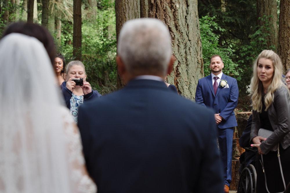 Kim La Plante + Nick Samet_Poulsbo Wedding_Kitsap Memorial Park Wedding_Kelsey Lane Photography-0629.jpg