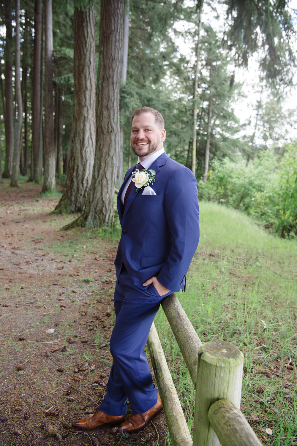 Kim La Plante + Nick Samet_Poulsbo Wedding_Kitsap Memorial Park Wedding_Kelsey Lane Photography-9065.jpg