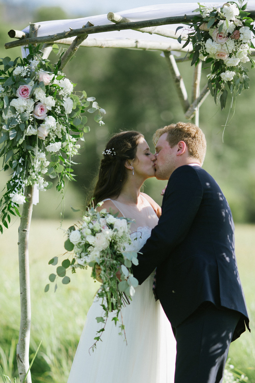 Chloe Hurwitz + Kiefer Martin Wedding_Grey Wolf Ranch_Kelsey Lane Photography-5007.jpg