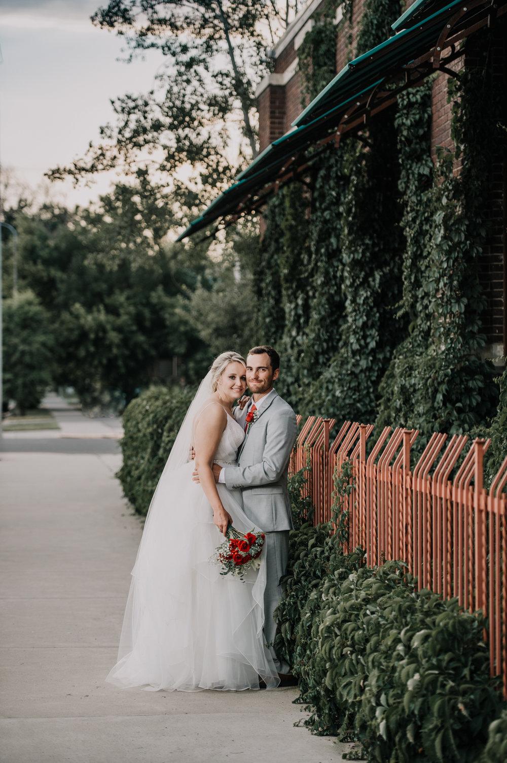 1 Montana Wedding Photographer_Stephanie & Dane_Billings Wedding-0610.jpg
