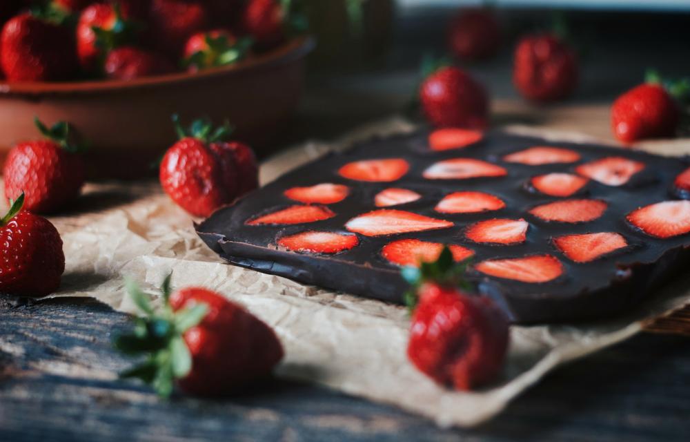 Homemade Dark Chocolate with Strawberries - sweetened with dates