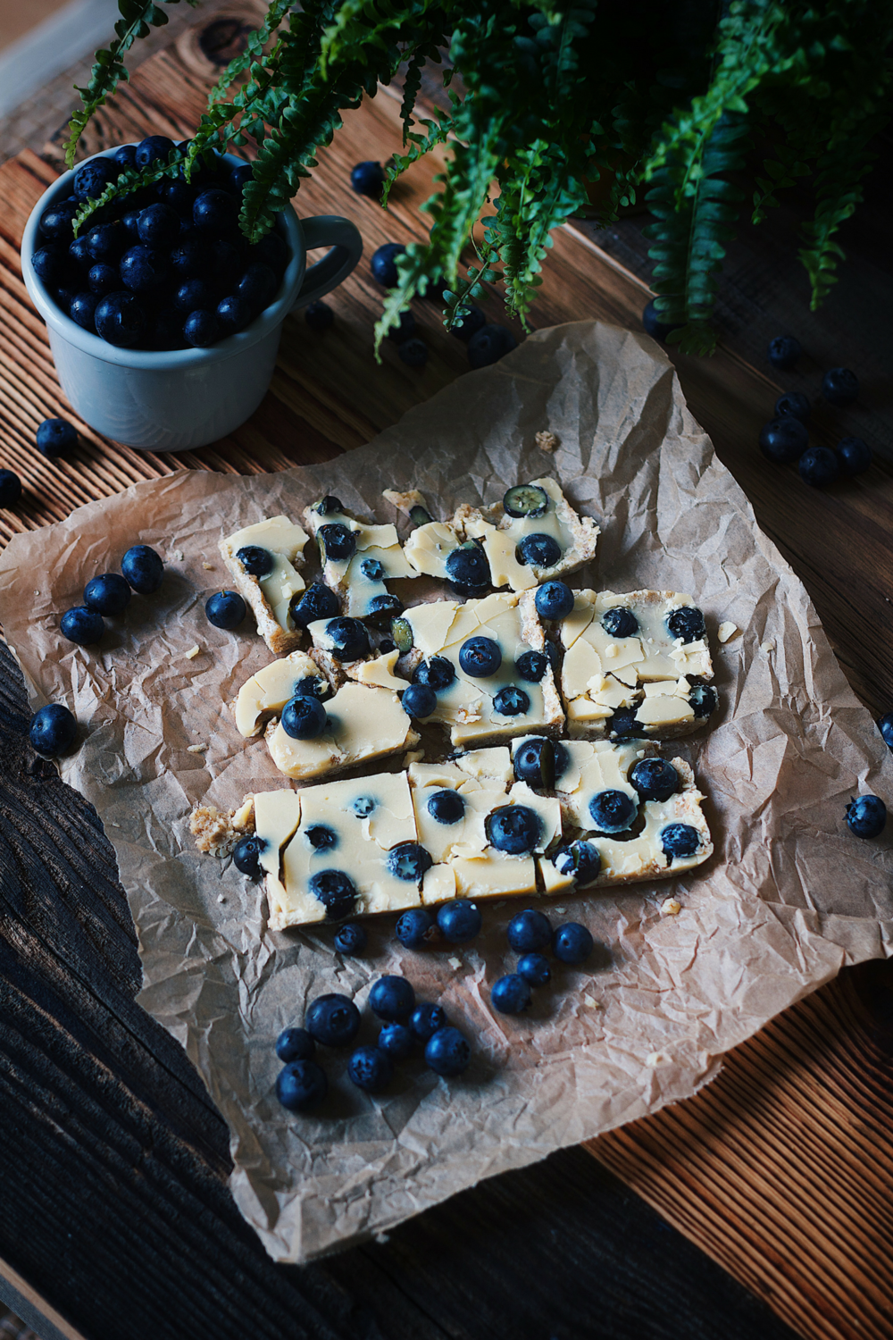 Homemade White Chocolate with Blueberries - sweetened with Dates