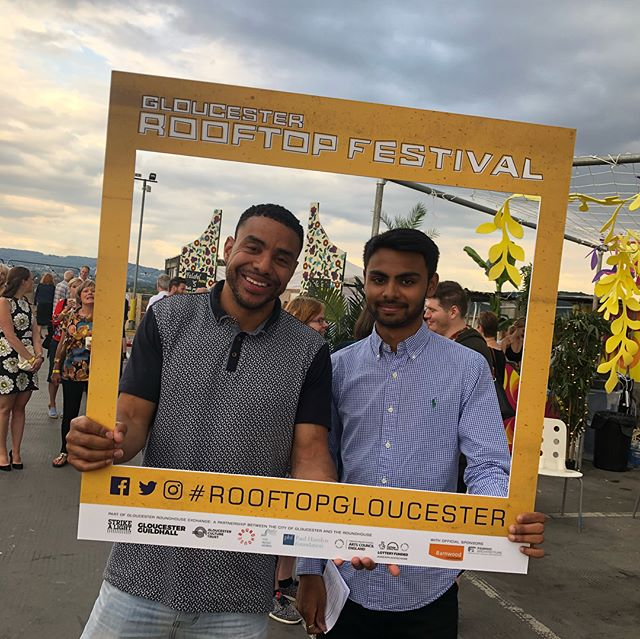 Guests arriving at @RooftopGloucester 📸 grab your pics with our selfie frame! . . . #rooftopgloucester #selfies #rooftopselfies #thingstodogloucester #gloucesterrooftops #summerfestivals #summerfestival