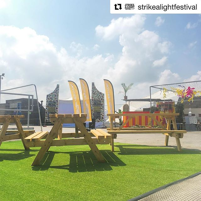 T O N I G H T come and hang out on our sunny rooftop, grab a beer, some @falafelmamaa abd enjoy an incredible evening of music #Repost @strikealightfestival ・・・ The sun is out and @bac_beatbox_academy are here ready for #FRANKENSTEIN how to make a monster TONIGHT  SUPP by @5micsuk  8pm and DJ's til late Info & tix via @rooftopgloucester . . . . . . #rooftop #festival #gloucester #outdoors #openair #carpark #lookup #bar #summer #sun #rooftopfestival #blueskies #beatbox #music #dj #live