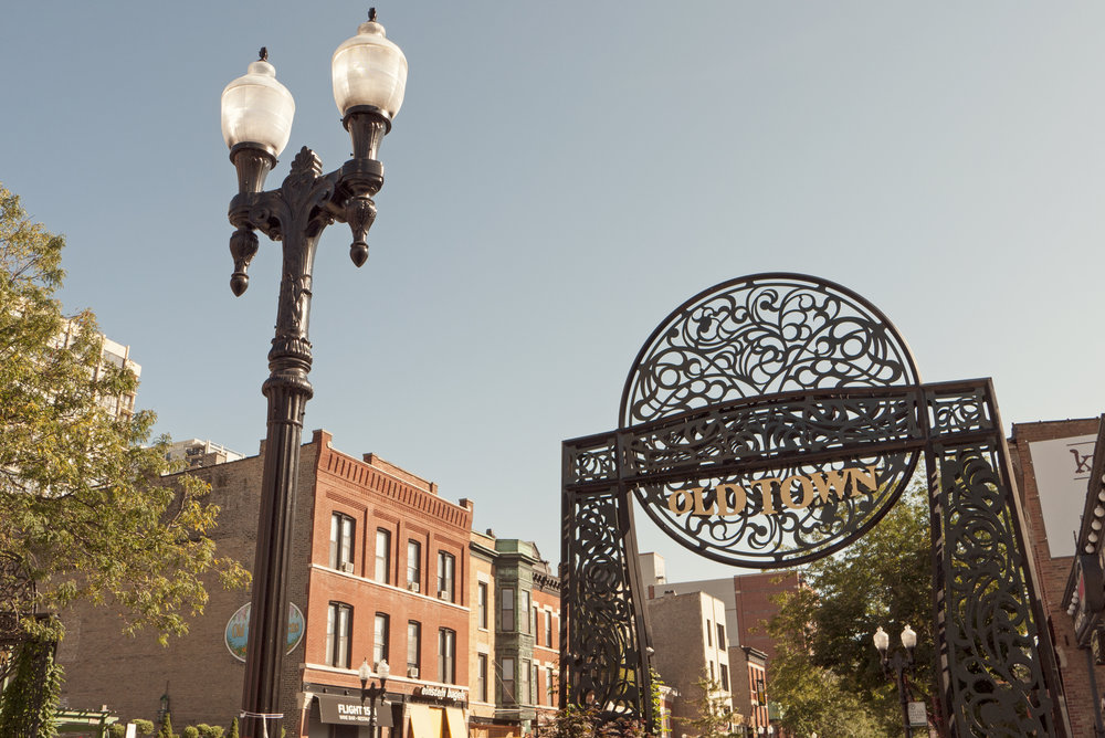 perfectly placed - Parkside Old Town has an ideal location in the heart of Chicago's Near North Side, close to work, shopping, dining, nightlife and recreation.