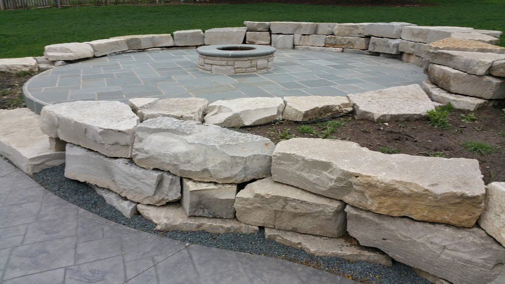 Outdoor fireplace and patio designs in Buffalo Grove, IL