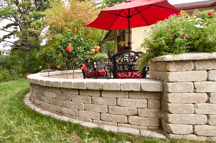 Retaining wall in Golf, IL