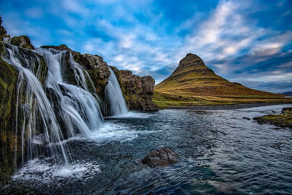 Kirkjufell Mountain, Snæfellsnes, Iceland