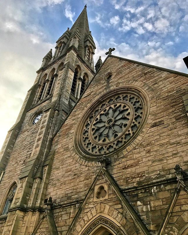 "Do you ever look at a photo you've taken and think, ""I have no idea where that was!""? I'm guilty of that. Here is a gorgeous church from Ireland or Scotland - does anyone recognize it? 🤔"