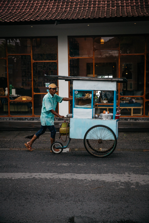 DntBlnk_Bali_VinnysWarung_300dpi-c68.JPG